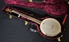 Delta Blue Californian G Banjo - walnut with case.