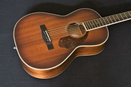 Fender Limited Edition Paramount PM-2E Parlour Guitar