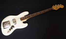 Fender Mexican Jazz Bass 2008 model (hot rodded)
