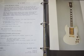 Gibson 50 Page Dealer (Ring Binder) Catalogue 1986 (approx)