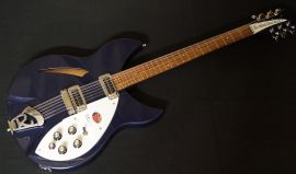 Rickenbacker 330/12 string - midnight blue inc case