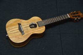 KAKA all solid Koa Concert Ukulele with pickup